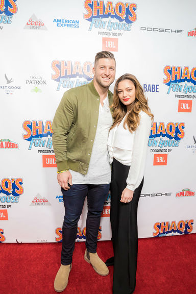 Tim tebow demi leigh nel peters